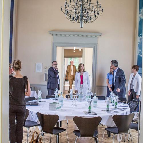 Deutscher Knigge-Rat @ dOCUMENTA 13 - Jahrestagung des Deutschen Knigge-Rates am 18. Juni 2012 mit Ehrengast d(13)-Künstlerin Ana Prvacki
